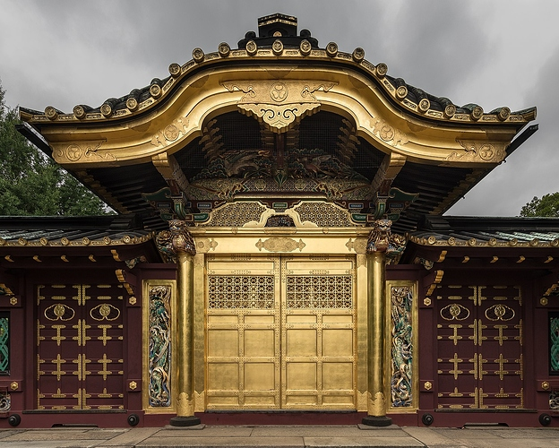 1497px-Golden_gate_of_Ueno_Tōshō-gū_Shinto_shrine,_Tokyo,_Japan